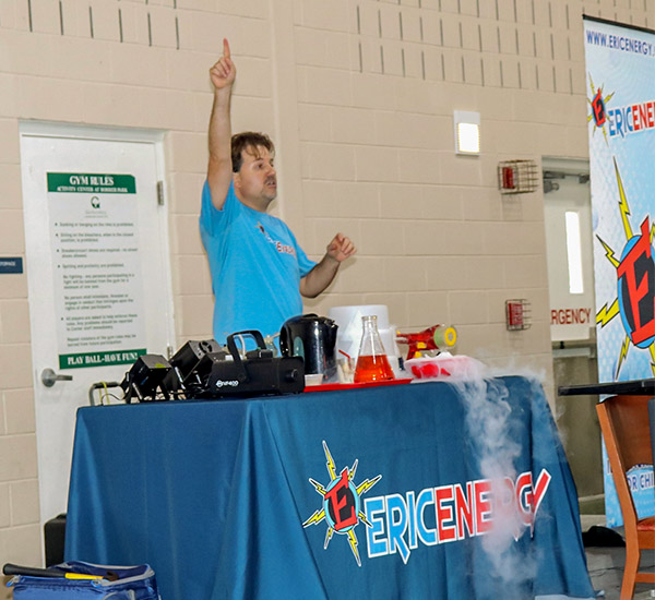 Eric Energy science and event entertainer teaching at MCPL staff day.